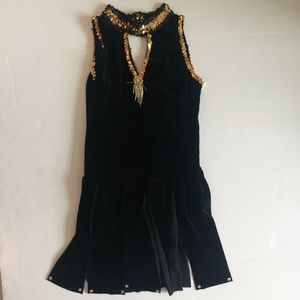 Other - Black and Gold Pleated Dance Costume